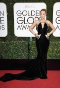 Blake Lively, Atelier Versace gown