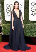 Mandy Moore, Naeem Khan gown